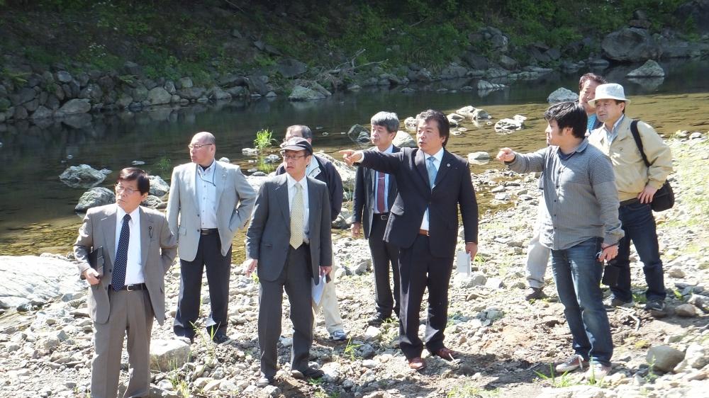 球磨川の支流も視察=4月22日